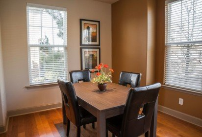 dining area – short term rental Charlotte